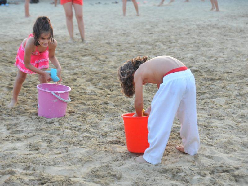 Çocuklara Plaj Partisi