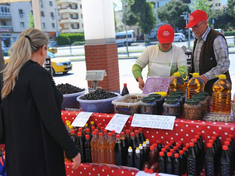 Seferihisar'ın Ünlü Üretici Pazarları Agora AVM'de