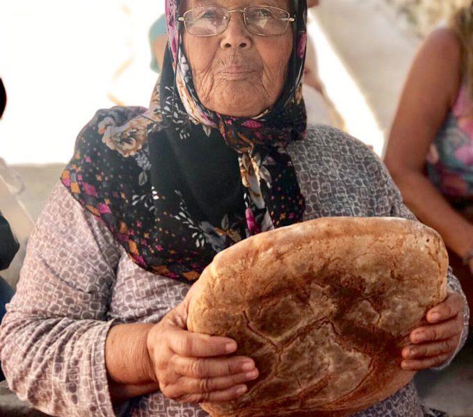 Ekmek Yetişmeyen Şenlik!