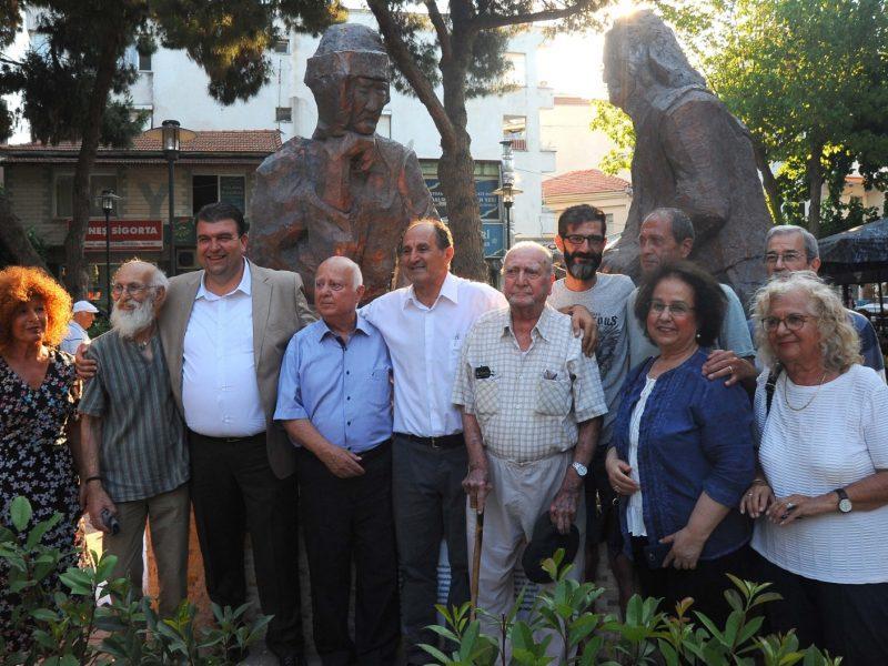 Kundakçı Ömer Efe Heykeli Seferihisar'ın kalbinde