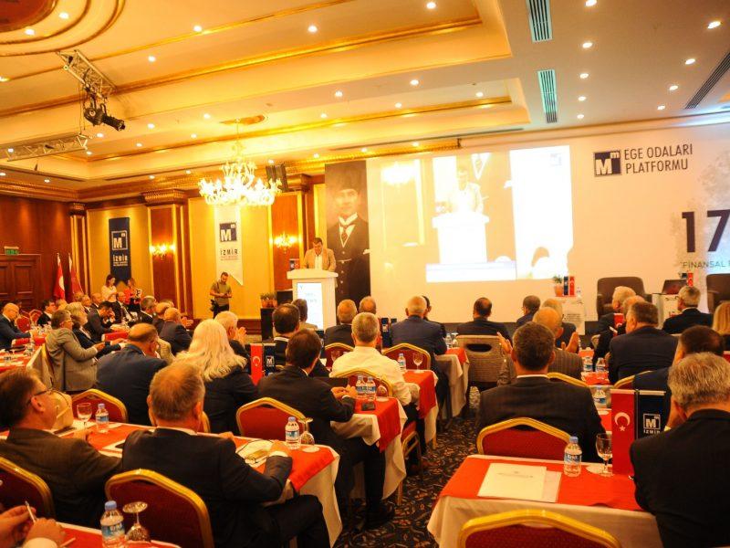 Türkiye'nin hesap uzmanları Seferihisar'da buluştu