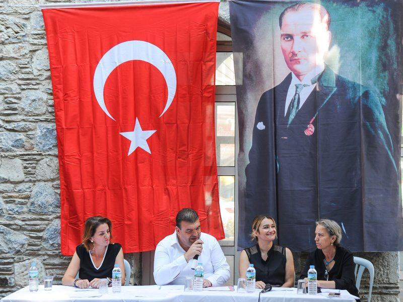 Seferihisar Belediyesi Eylül Ayı Meclis Toplantısı Dutlaraltı'nda gerçekleşti