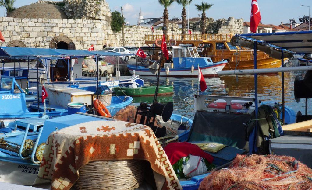 Birinci Fotoğraf – Liman'da Öğle Vakti – Elif Çakmur