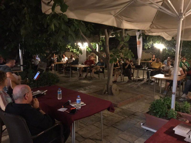 """Seferihisar'da """"Edebiyat Kültür ve Müziğe İltica"""""""